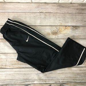 Nike Boys Medium Black Sweatpants Youth Pants